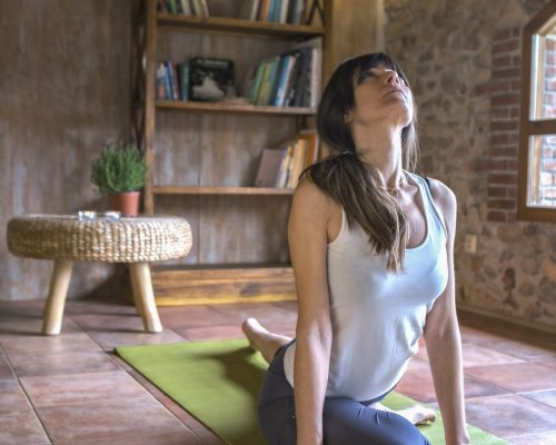 yoga ejercicios de consciencia corporal